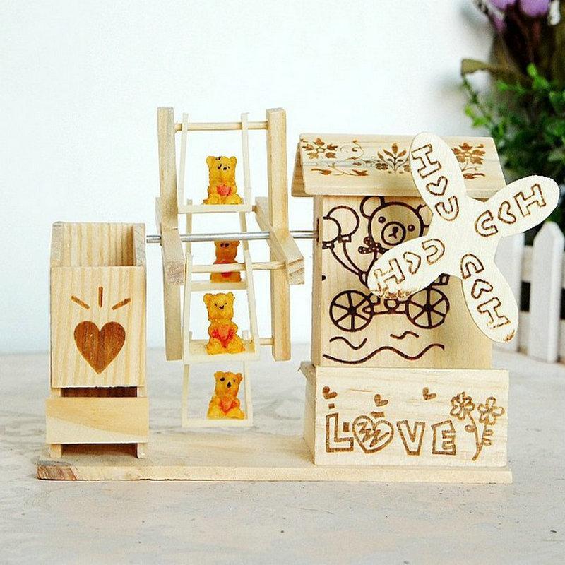 hộp nhạc bằng gỗ